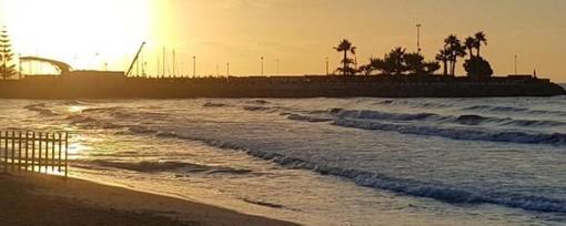 Diano Marina, anticipata la chiusura per i bagnanti delle spiagge libere: dalle 19 alle 8