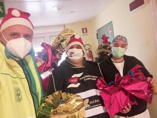 Imperia: omaggiati con doni i bambini nel reparto di pediatria dell'ospedale