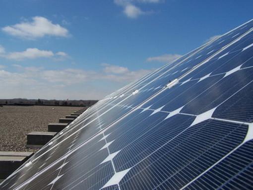 Coldiretti lancia la raccolta firme contro il consumo di suono agricolo per il fotovoltaico