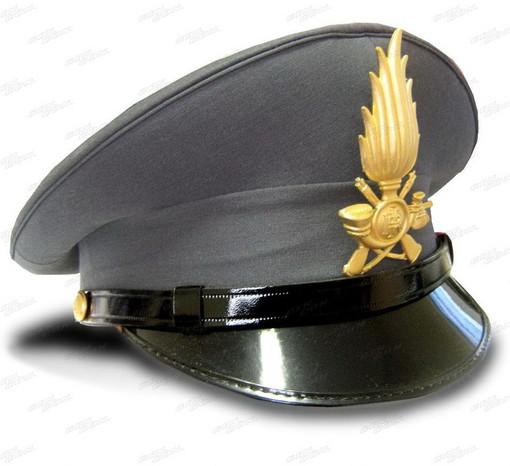 Guardia di Finanza: pubblicato bando per il reclutamento di 965 allievi finanzieri, ecco come partecipare