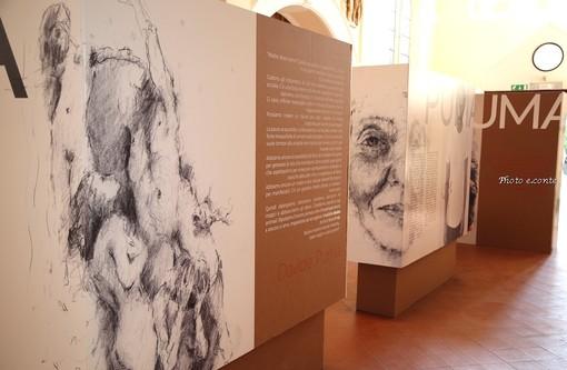 Mostra 'La fine del male' dell'artista Davide Puma alla ex Chiesa Anglicana di Bordighera