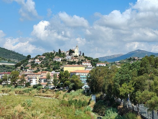 Imperia, scavi a Castelvecchio alla ricerca dell'antica fortificazione primo nucleo di Oneglia