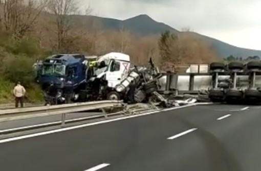 Incidente sulla A10: riaperta l'autostrada in entrambi i sensi di marcia dopo l'incidente mortale di ieri
