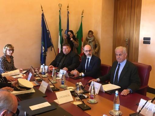"""Imperia: itticoltura a largo della Galeazza, il Comune chiede nuovi pareri, ma il sindaco avverte """"Non c'è rapporto costi-benefici"""" (foto e video)"""