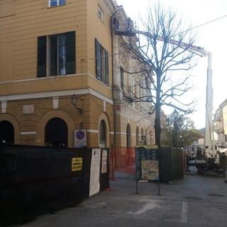 Imperia: lavori in quota al teatro Cavour, le perplessità di un abitante di Porto Maurizio
