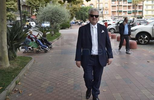 """Ventimiglia: corteo del progetto '20K', arriva il Sindaco Scullino """"Manifestazione tranquilla, ma genera disagi"""" (foto e video)"""