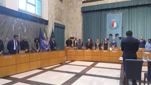 Imperia: il Consiglio Comunale osserva un minuto di silenzio per ricordare i due agenti uccisi a Trieste