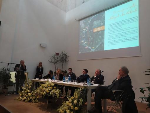 """Imperia: futuro autostradale, Scajola """"Il rinnovo delle concessioni può finanziare la Albenga-Carcare-Predosa"""