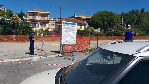 Diano Marina: da oggi per tutta l'estate disponibili 80 posti auto gratuiti ricavati negli spazi dell'ex scalo merci (foto)