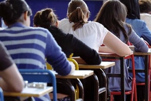 Coronavirus a scuola, oggi due nuovi casi: uno studente a Ventimiglia ed un operatore ad Imperia