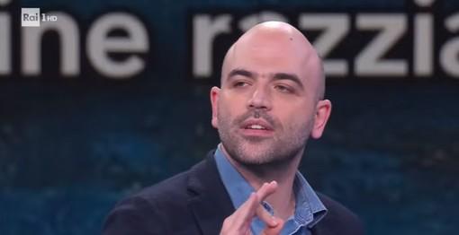 Roberto Saviano cita il caso dell'arbitro di Diano Marina nel suo monologo contro il razzismo a 'Che tempo che fa' (video)