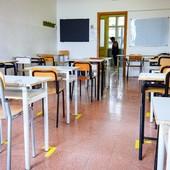 Covid nelle scuole imperiesi: la scorsa settimana messe in quarantena 42 classi in tutta la provincia