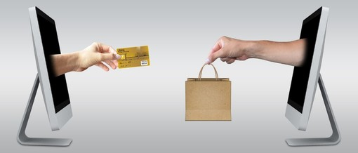 Shopping online, i vantaggi di acquistare online