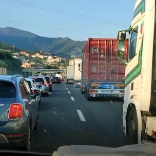 Caos autostrade: anticipata alle 14 di venerdì la rimozione dei cantieri sulle tratte liguri sino a lunedì mattina