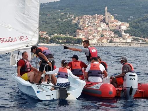 'Le nostre vele per l'inclusione': a San Bartolomeo al Mare un giorno in barca per i ragazzi della comunità 'Il Sestante' (foto)